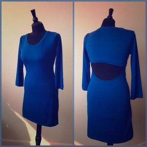 Tee shirt dress with open lower back